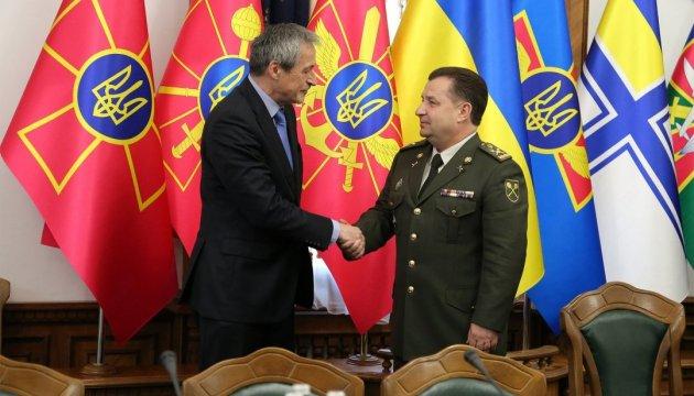 Украина и Чехия обсудили сотрудничество в оборонке
