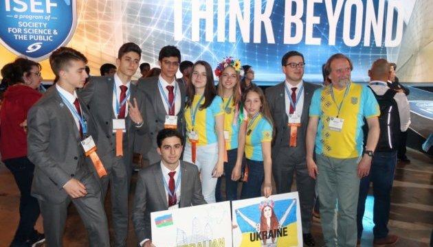Photo of Украинская школьница заняла четвертое место на международном конкурсе ученых в США