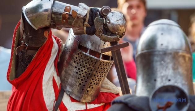 Photo of В Луцке рыцари устроят средневековые бои