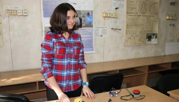 Photo of Запорожская студентка разработала прибор для реабилитации после инсульта