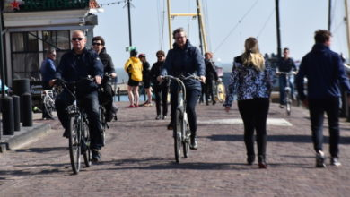 Photo of В Нидерландах министр с полицией проверял, соблюдают ли люди карантина