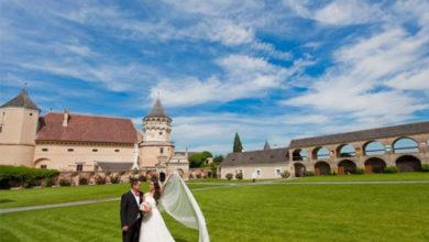 Photo of В Австрии запретили больше десяти человек на похоронах и пяти — на свадьбе