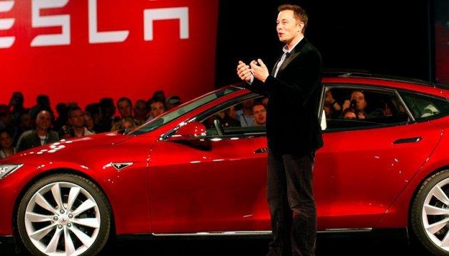 Photo of Автомобили Tesla значительно подешевеют благодаря «вечному» аккумулятора