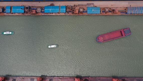 Photo of В Китае успешно испытали электрический корабль