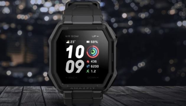 """Photo of Xiaomi представила """"умные"""" часы с батареей на 14 дней"""