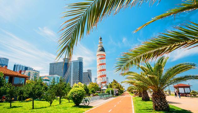 Photo of Батуми откроет туристический сезон для иностранцев с 1 июля