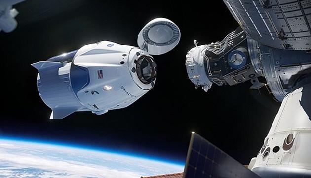 Photo of Crew Dragon отстыковался от МКС и возвращается на Землю