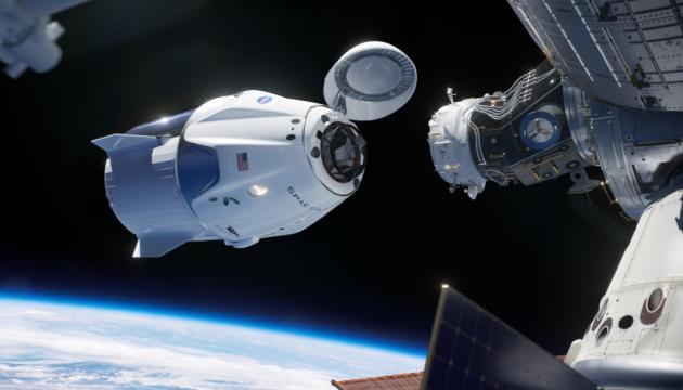 Photo of Астронавты SpaceX возвращаются на Землю