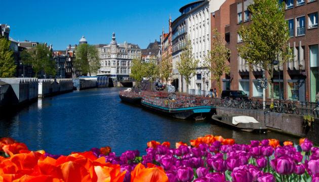 Photo of Власти Амстердама должен рассмотреть петицию об ограничении числа туристов