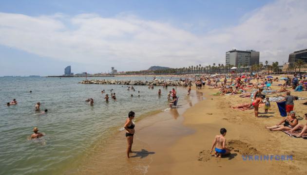 Photo of Испания планирует принимать туристов с марта 2021