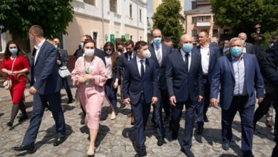 Photo of Зеленский предложит отменить визы для стран, из которых захотят приехать туристы