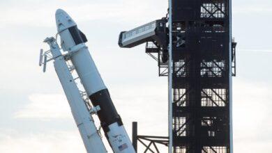 Photo of SpaceX отложила запуск ракеты с 57 спутниками Starlink