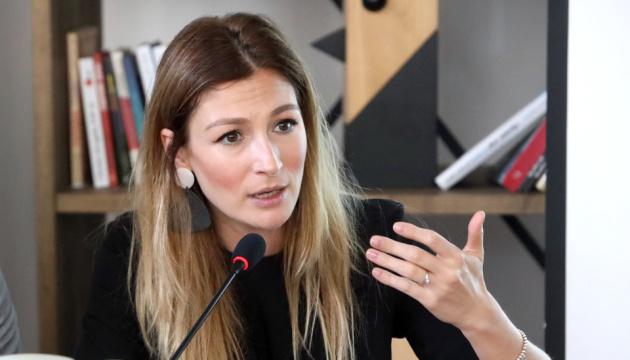 Photo of Джапарова рассказала, как дипломаты будут продвигать позитивный имидж Украины