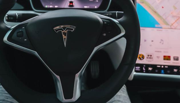 Photo of Tesla строит завод в Техасе