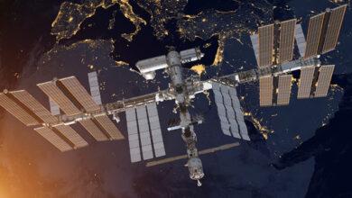 Photo of МКС увернулась от космического мусора, внепланово скорректировав орбиту