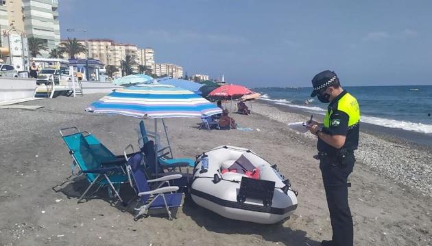 Photo of В Испании штрафуют туристов за «резервирование» мест на пляжах