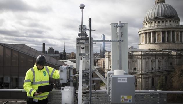 Photo of Британия просит Японию помочь в создании сети 5G без Huawei
