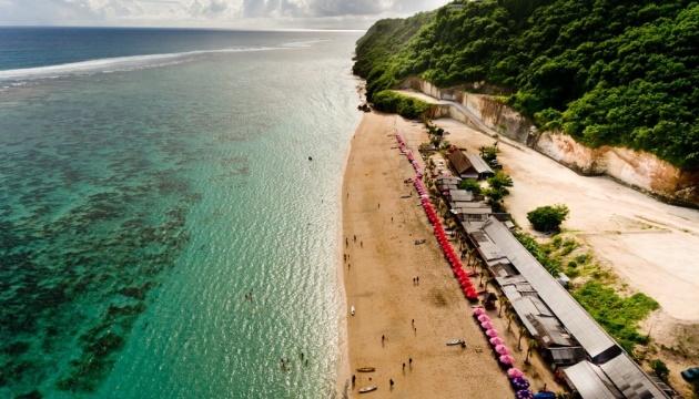 Photo of Президент Индонезии поддержал открытие Бали для туристов