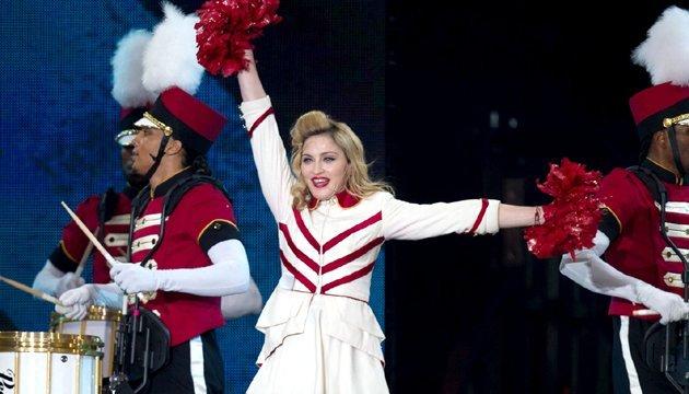 Photo of Мадонна снимет фильм о своей жизни