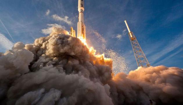 Photo of SpaceX успешно запустила ракету Falcon 9 с клетками мозга и COVID-аппаратом