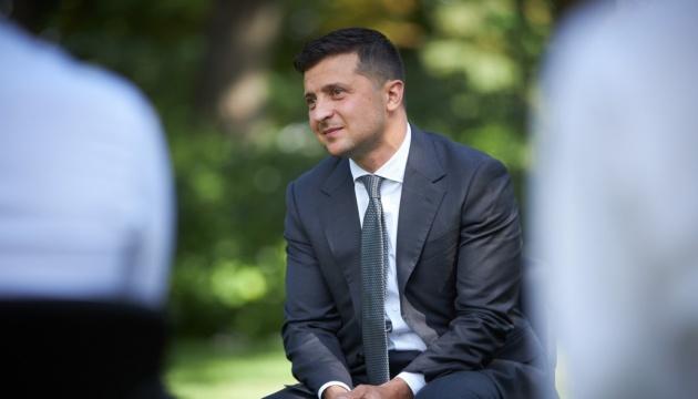 Photo of Зеленский записал обращение с «Феофании»