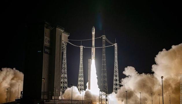 Photo of Изготовлена с участием Украины ракета Vega вывела на орбиту десятки спутников