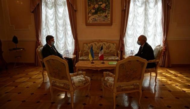 Photo of Новый посол Украины во Франции приступил к исполнению обязанностей