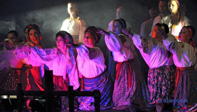 Photo of «Коломыйские представления» перенесли на декабрь