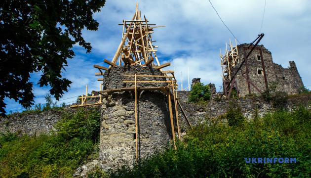 Photo of Реставрацию Невицкого замка планируется завершить к декабрю