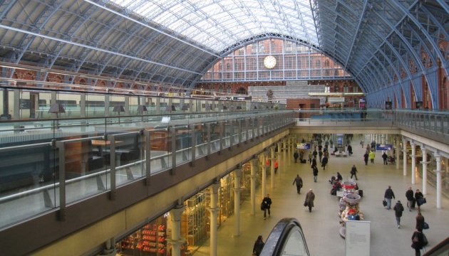 Photo of На лондонском вокзале работы «уничтожать» коронавирус ультрафиолетом
