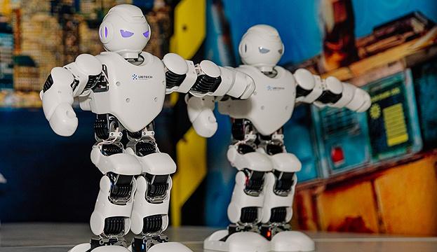 Photo of Японцам предлагают страховаться от роботов