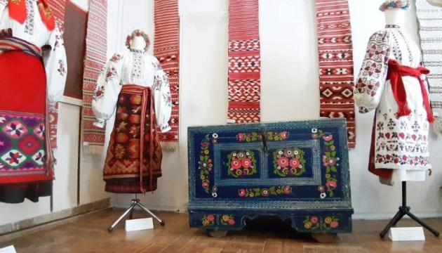 Photo of В Славутиче показали народные костюмы Полесья
