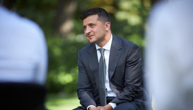 Photo of Опросы Президента 25 октября профинансирует партия «Слуга народа»