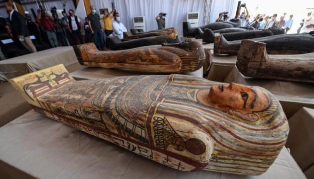 Photo of Египет показал 59 саркофагов возрастом более 2500 лет