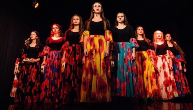 Photo of Детский театр «FantaziaNew» открыл сезон спектаклем «Цыганская муза»