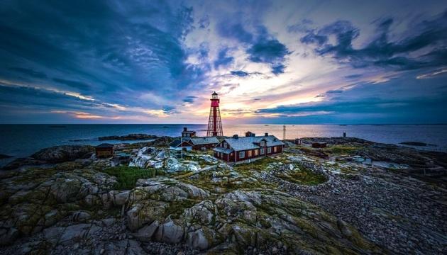 Photo of На шведском острове туристам предлагают почувствовать себя смотрителем маяка