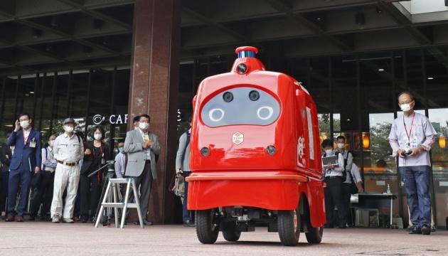 Photo of В Японии почту доставлять робот, чтобы люди не заразились коронавируса
