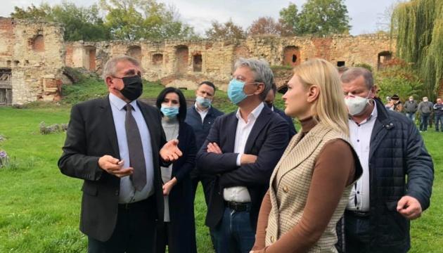 Photo of На Тернопольщине большинство замков требуют масштабной реставрации — Ткаченко