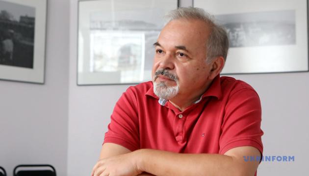 Photo of Режиссер Денисенко назвал смешными заявления о «мужицкого поэта Шевченко»