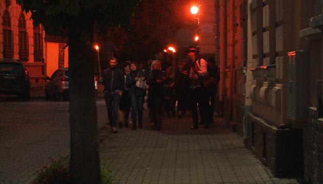 Photo of В Коломые вводят вечерние экскурсии-квесты