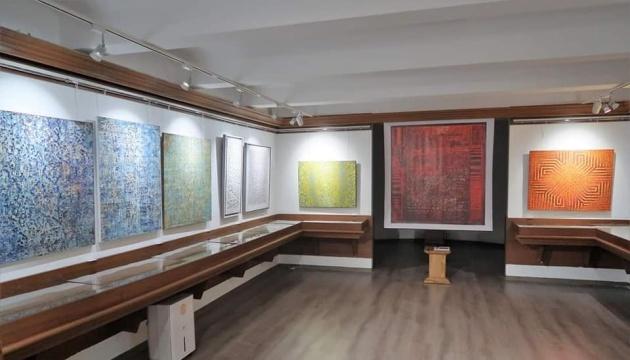 Photo of В Доме Франко во Львове открыли выставку современного абстрактной живописи