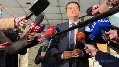 Photo of Разумкова считают, что в случае победы на местных выборах депутаты должны уйти из Совета
