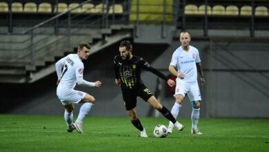 Photo of «Заря» разгромила «Движение» в седьмом туре футбольной Премьер-лиги Украины