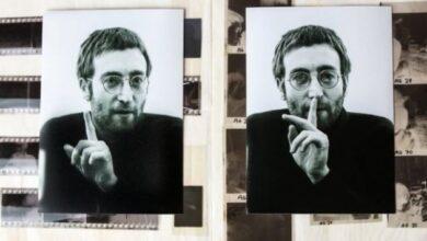 Photo of На аукционе продадут пластинку, которую Леннон подписал своем убийцы