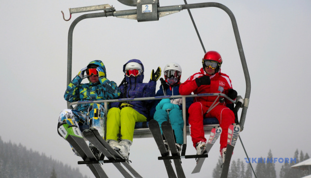 Photo of В Ницце требуют открыть горнолыжные курорты на Рождество