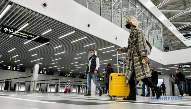 Photo of В этом году количество иностранцев, которые въехали в Украину, сократилось почти в четыре раза — Гостуризм
