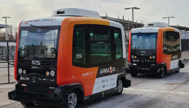 Photo of В столице Канады запустили беспилотный автобусный маршрут