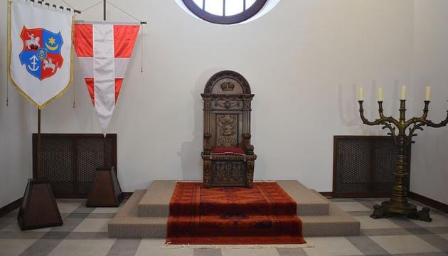 Photo of В Дубенском замке представили тронного зала