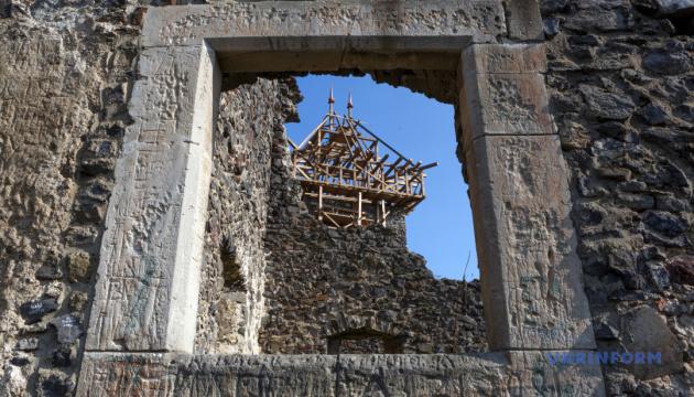 Photo of Забора вокруг Невицкого замка не должно — историк