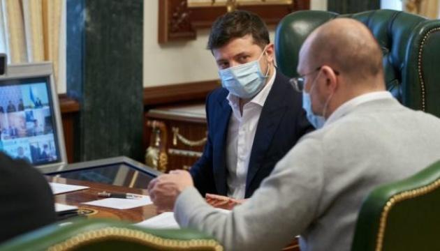 Photo of Степанов уверяет, что у него нормальные рабочие отношения с Зеленским